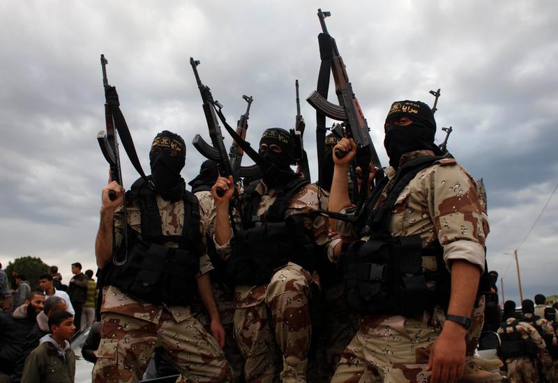 """СМИ: В Европу могут вернуться тысячи боевиков """"ИГ"""" и """"Нусры"""""""