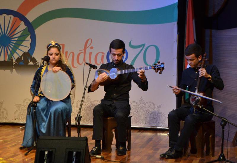 """Синтез индийского танца и азербайджанского мугама на бакинской сцене <span class=""""color_red"""">- ФОТО</span>"""