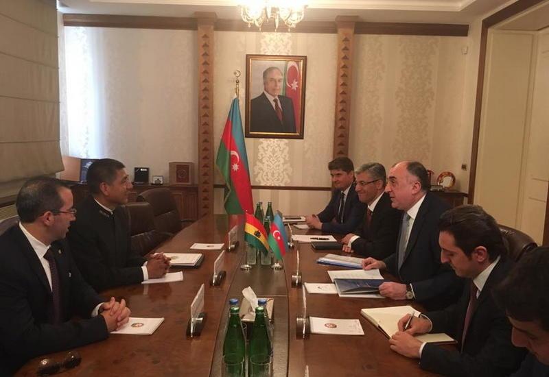 """Азербайджан и Боливия отменили визы для обладателей дипломатических и служебных паспортов <span class=""""color_red"""">- ФОТО</span>"""