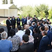 Президент Ильхам Алиев: Восстанавливая традиционные отрасли мы создадим еще больший потенциал