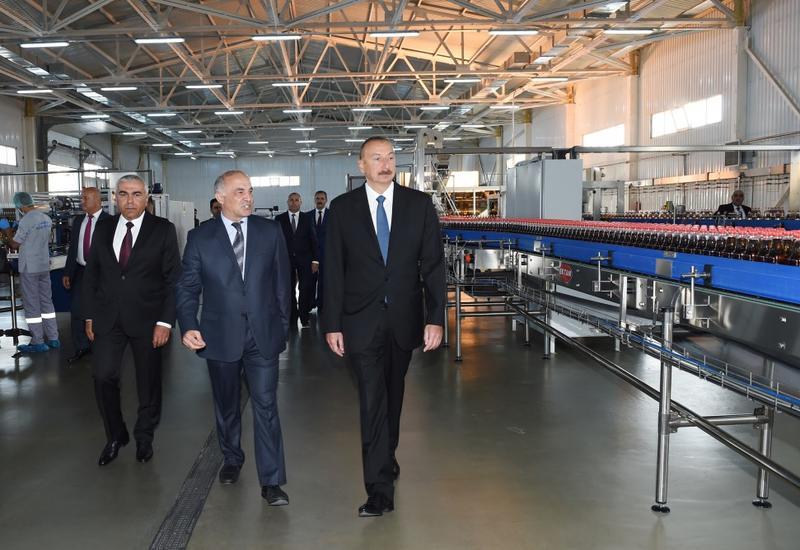 Президент Ильхам Алиев принял участие в открытии Гядабейского лимонадного завода