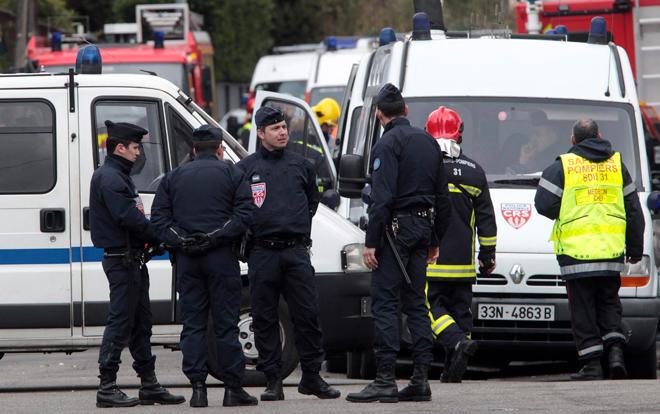 ВоФранции эвакуировали вокзал из-за вооруженного человека