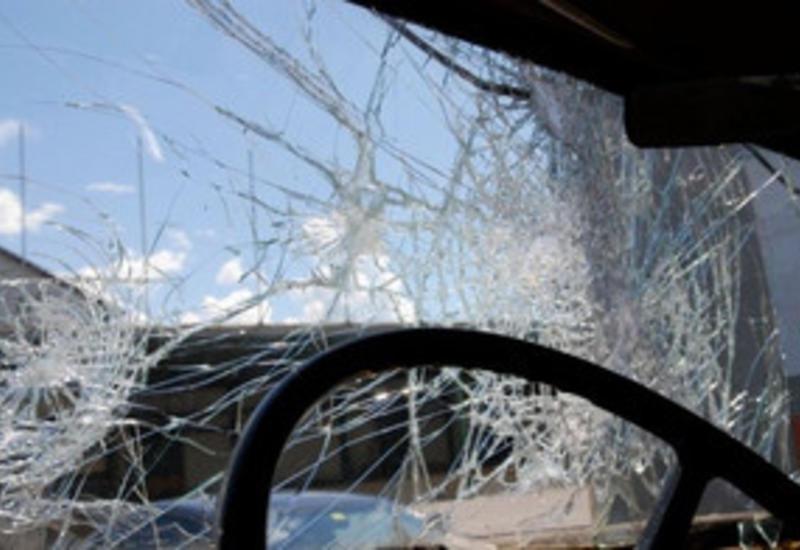 Пассажир погиб в смятом КамАЗом Mercedes