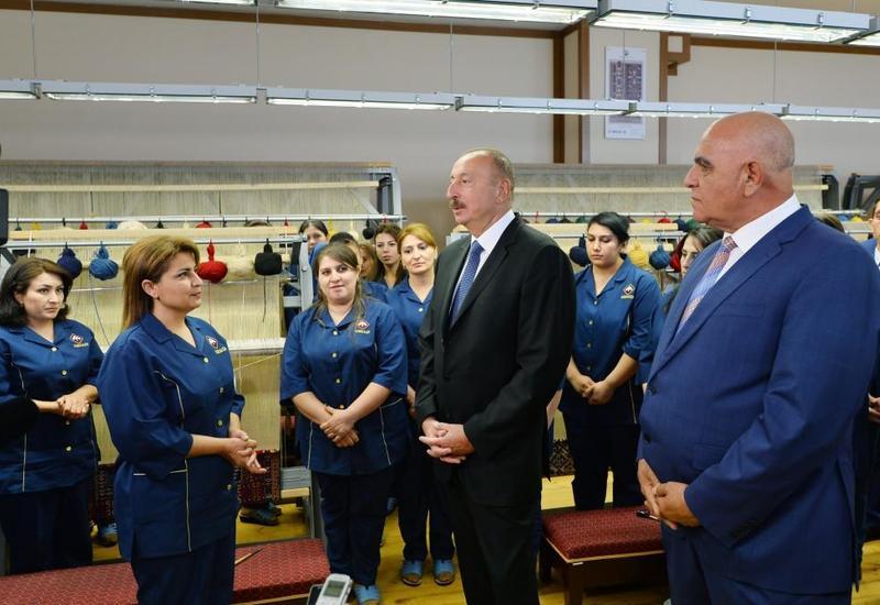 Президент Ильхам Алиев: Мы справедливо считаем, что ковроделие - наше национальное искусство