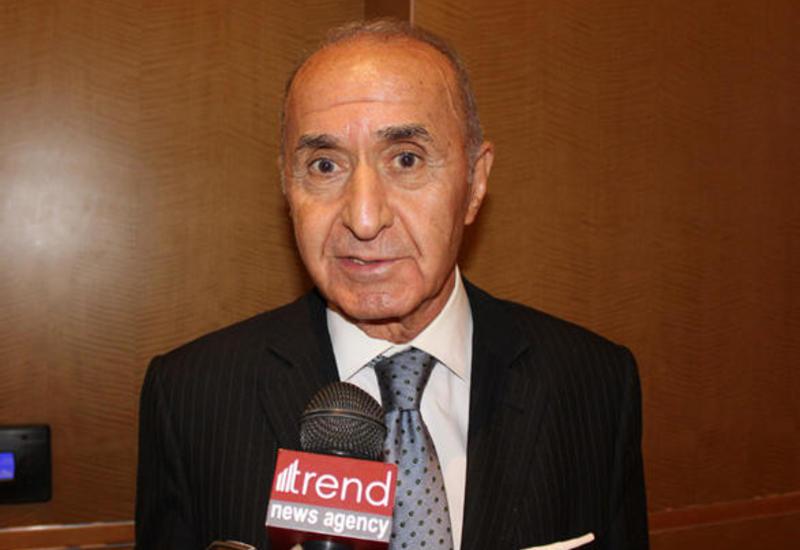 Хикмет Четин: Форум в Баку создает условия для участия молодежи в качестве будущих лидеров