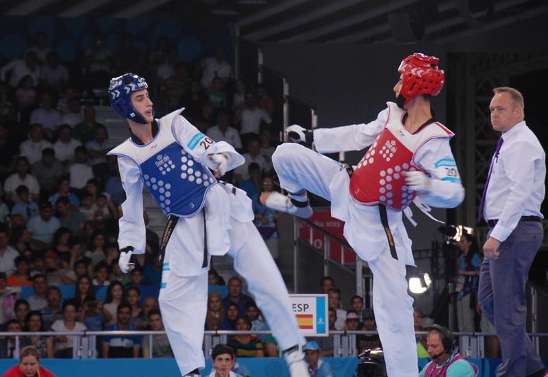 Айхан Тагизаде разгромил армянского спортсмена и вышел в финал