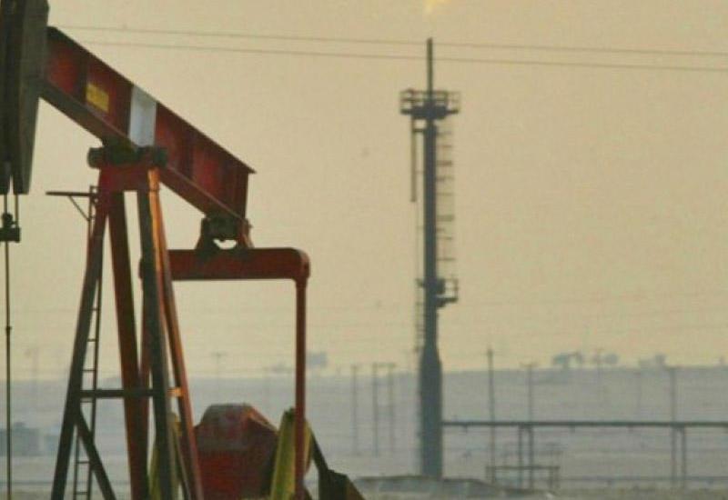 Ливия и Нигерия готовы снизить добычу нефти