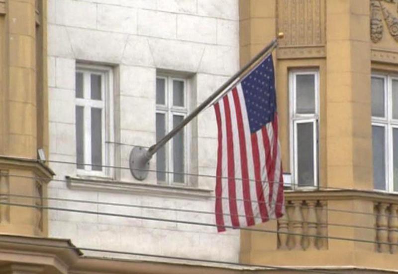 """США приостанавливают выдачу неиммиграционных виз на всей территории России <span class=""""color_red"""">- ВИДЕО</span>"""