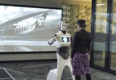 """В аэропорту Сиднея заработал человекоподобный робот-помощник <span class=""""color_red"""">- ВИДЕО</span>"""