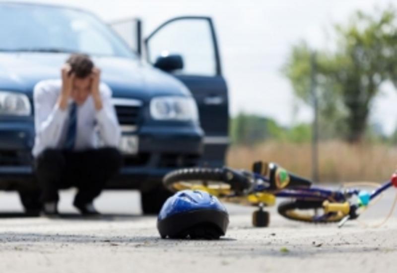 В Хачмазе автомобиль сбил насмерть велосипедиста