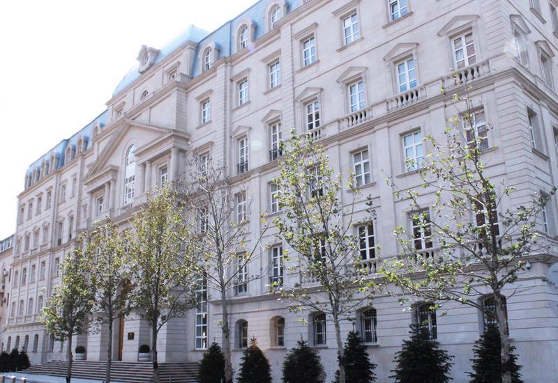 Инвесторы раскупили облигации Минфина Азербайджана