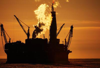 СМИ: Россия снизила добычу нефти