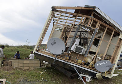 """В США отменили около 600 авиарейсов из-за урагана """"Ирма"""""""