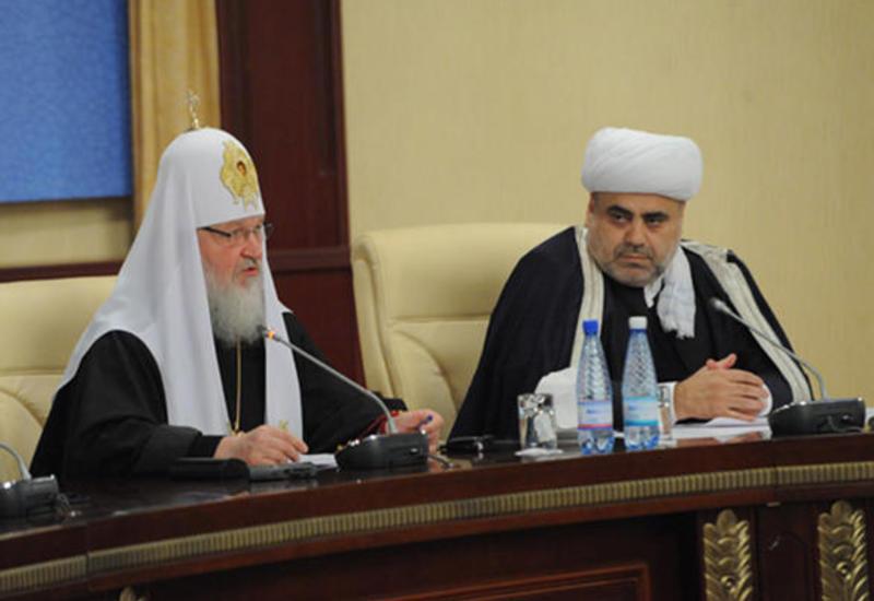 Аллахшукюр Пашазаде обсудил с Патриархом Кириллом карабахский конфликт