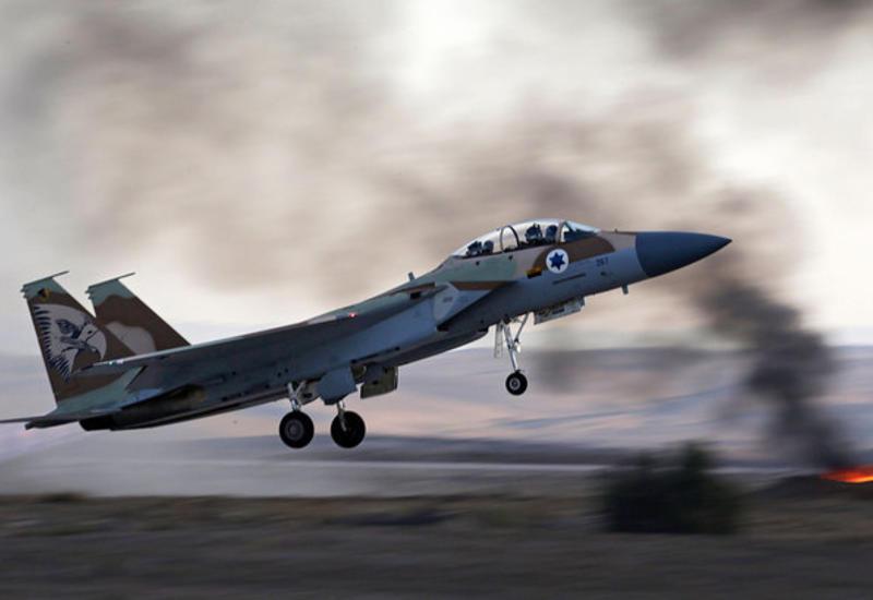 Израильские ВВС вызвали панику в Ливане