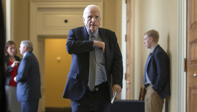 Маккейн поведал овысоких шансах вылечиться отрака мозга