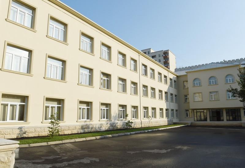 Азербайджанской школе присвоили имя Национального героя