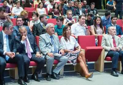 """Первый вице-президент Мехрибан Алиева посетила лекцию американского бизнесмена Шервина Пишевара в университете ADA <span class=""""color_red"""">- ФОТО</span>"""