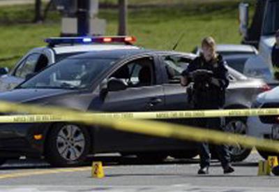 """В США подросток открыл стрельбу в школе, есть погибший <span class=""""color_red"""">- ВИДЕО</span>"""