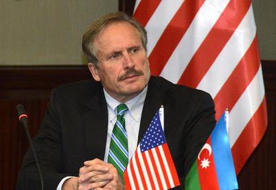 США будут и дальше сотрудничать с Азербайджаном в нефтегазовой сфере