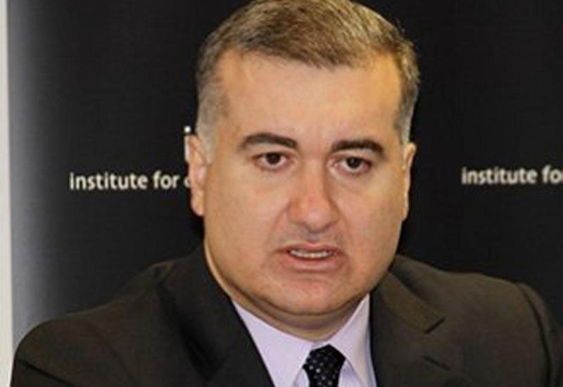 Посол рассказал в эфире популярного американского радио-шоу о современных вызовах и реалиях Азербайджана