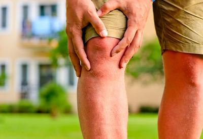 Боль в коленях: как уменьшить нагрузку на коленные суставы