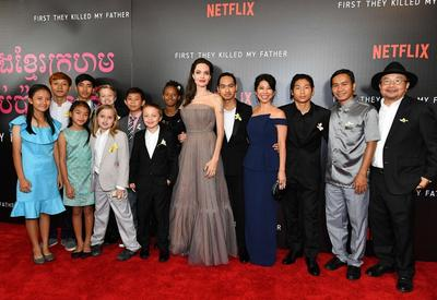 """СМИ обратили внимание на младшую дочь Анджелины Джоли и заметили кое-что необычное <span class=""""color_red"""">- ФОТО</span>"""