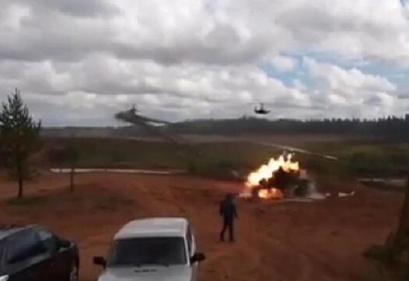 """Появилось новое видео удара вертолета по зрителям на военных учениях в России <span class=""""color_red"""">- ВИДЕО</span>"""