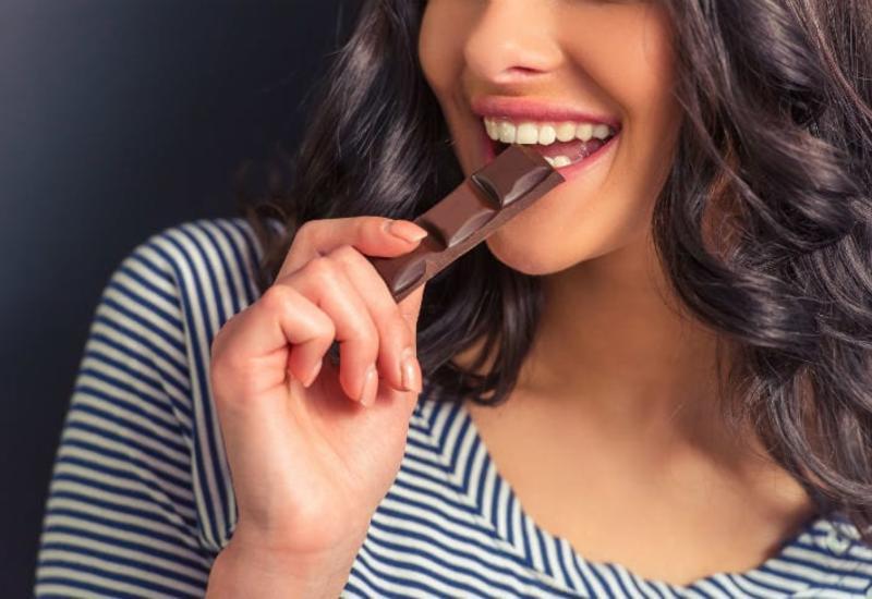 5 привычек, от которых портятся зубы