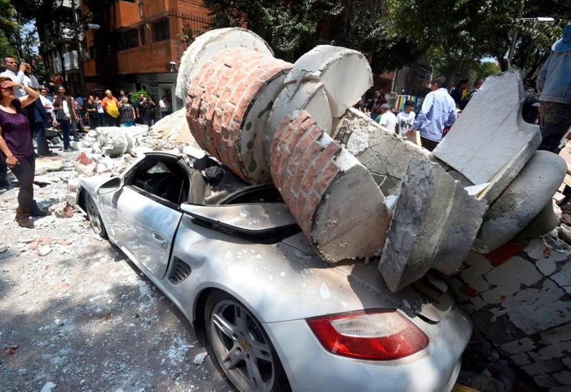 """19 по-настоящему страшных фото после землетрясения в Мексике <span class=""""color_red"""">- ФОТО</span>"""
