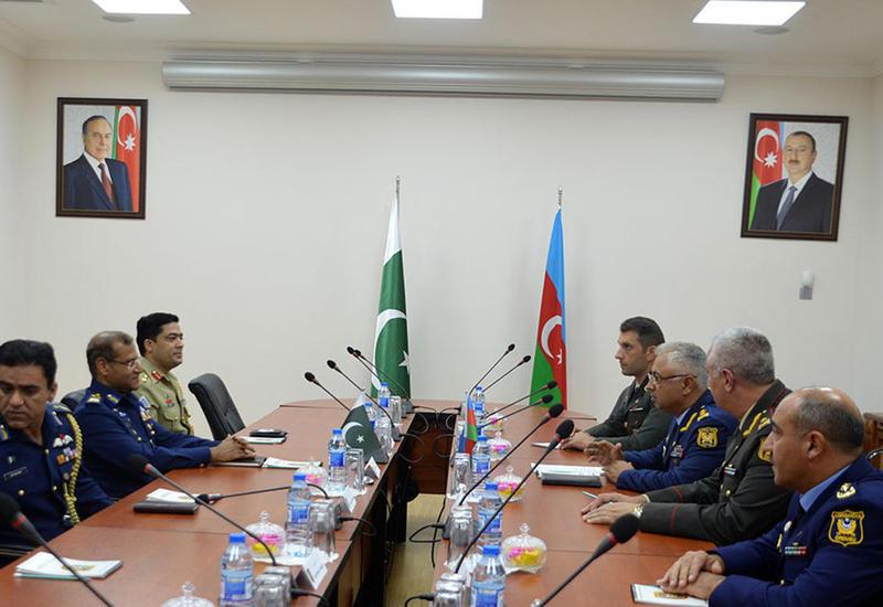 "Азербайджан и Пакистан обсудили военное сотрудничество <span class=""color_red"">- ФОТО</span>"