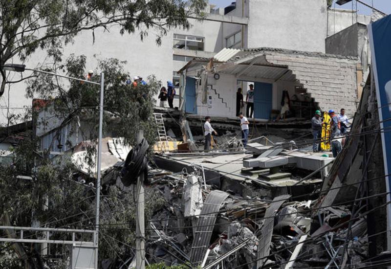 """Страшная ирония: разрушительные толчки в Мексике произошли в годовщину другого землетрясения <span class=""""color_red"""">- ВИДЕО</span>"""