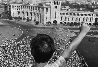 Армяне не хотели независимости в расчете получить Карабах от Москвы