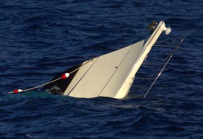 Qara dənizdə qayıq batdı: 5 ölü