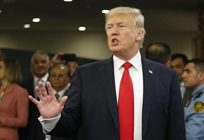 """Трамп назвал Ким Чен Ына """"безумцем"""""""