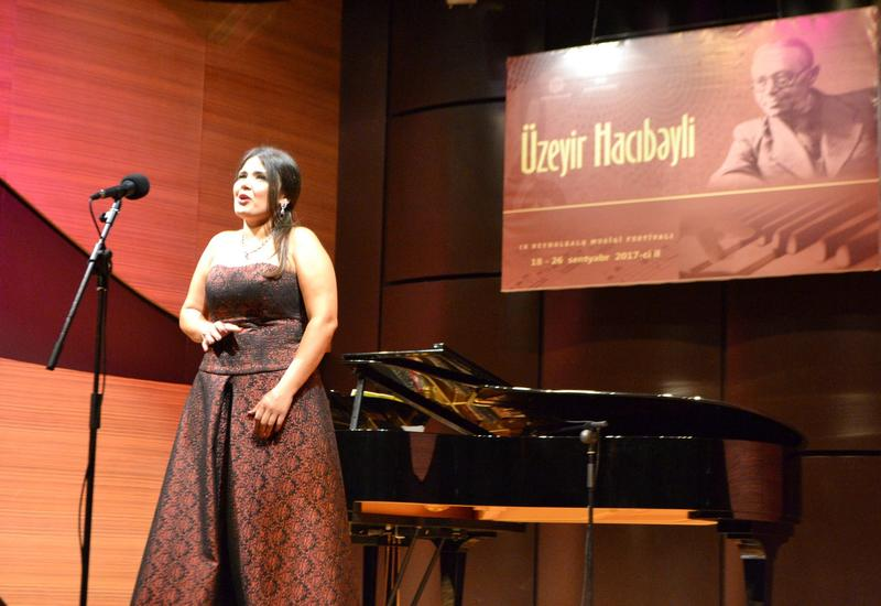 "На сцене Центра мугама прозвучали романсы азербайджанских композиторов <span class=""color_red"">- ФОТО</span>"