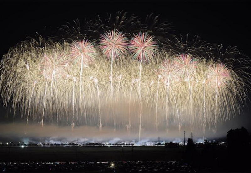 """Красочные фестивали фейерверков в Японии <span class=""""color_red"""">- ФОТО</span>"""