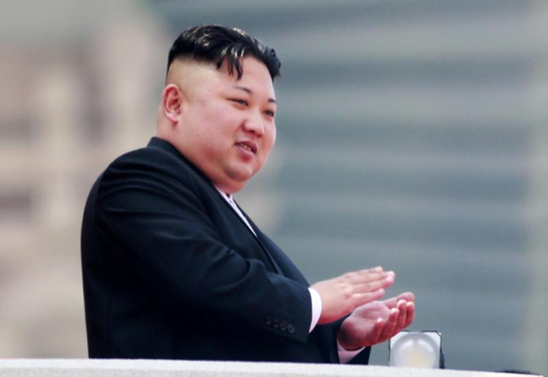 Северокорейцы поддержали Кима митингом в центре Пхеньяна