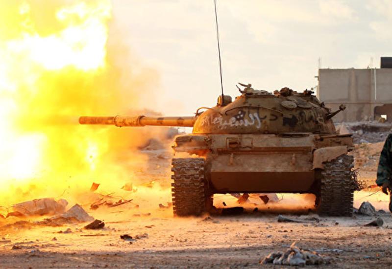 """Американские военные разбомбили лагерь """"ИГ"""" в Ливии"""
