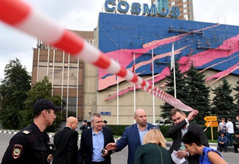 """В Москве эвакуировали гостиницу """"Космос"""""""
