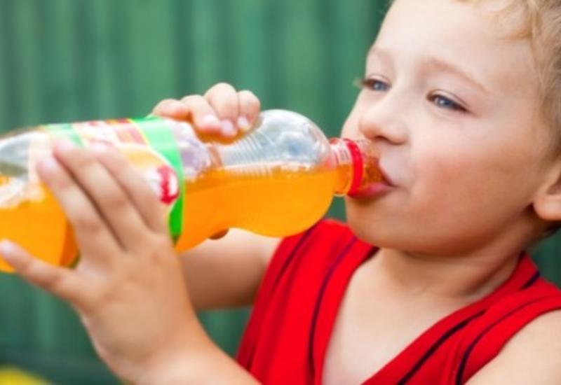 Названы ежедневные напитки, разрушающие организм
