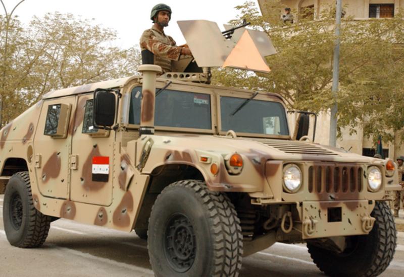 """Боевики """"ИГ"""" в Ираке заполучили тысячи американских броневиков Humvee"""