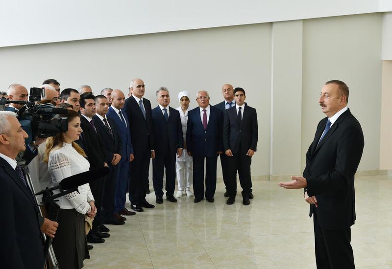 Президент Ильхам Алиев: Азербайджан устранит зависимость от импорта автомобилей