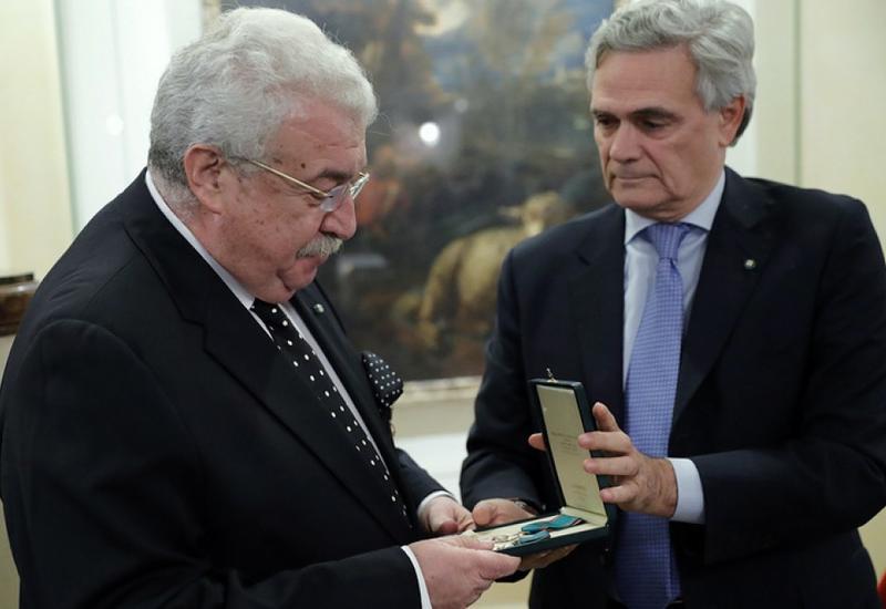 Михаилу Гусману вручили высший орден Италии