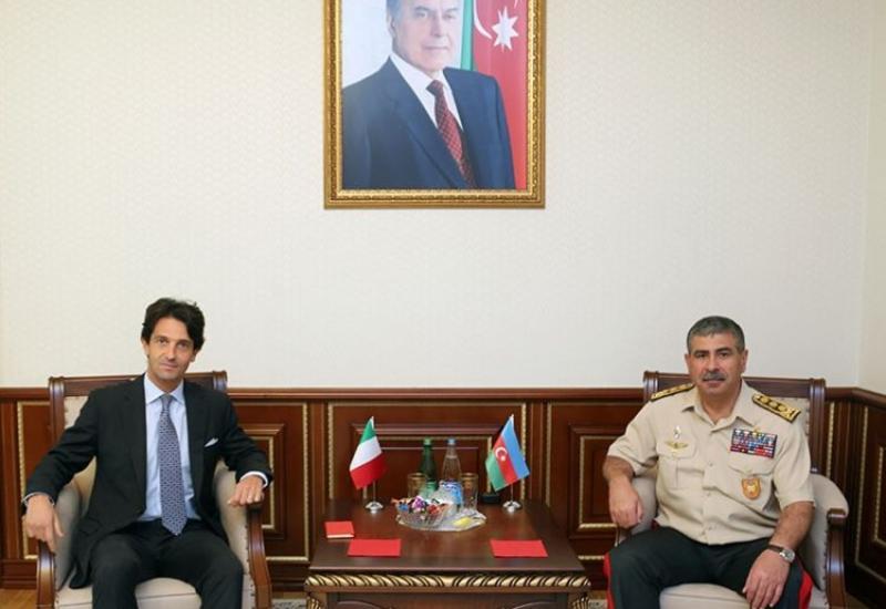 Закир Гасанов на переговорах с послом Италии