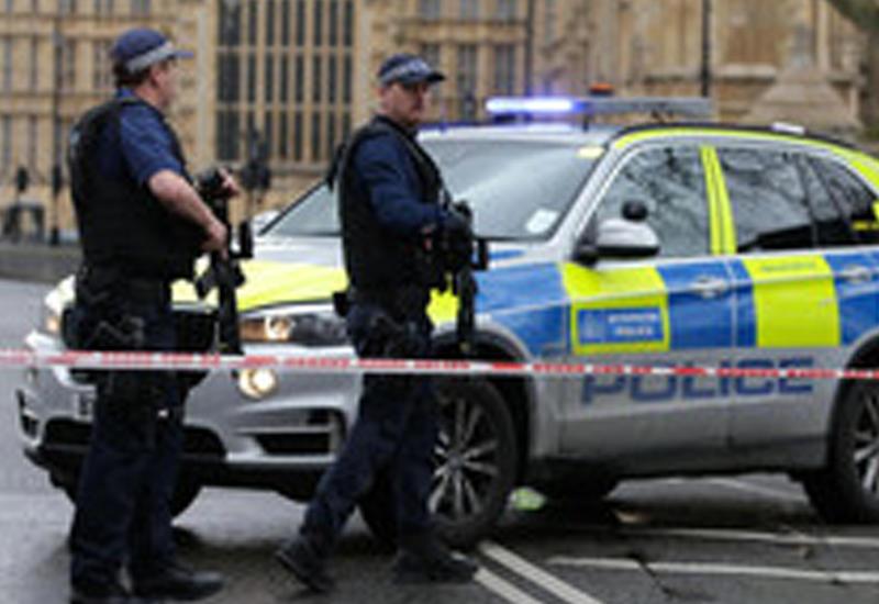 """В лондонском посольстве КНДР прогремел взрыв <span class=""""color_red"""">- ВИДЕО</span>"""