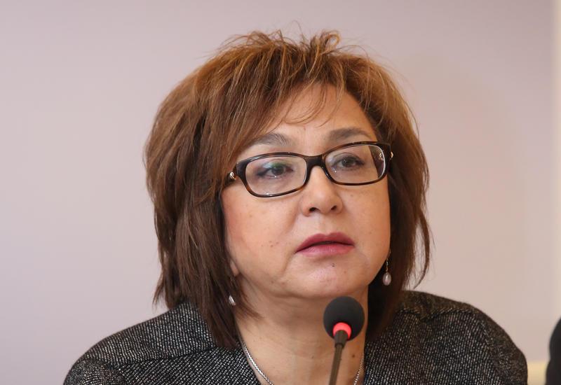 Малейка Аббасзаде рассказала о новой системе проверки письменных работ на выпускных экзаменах