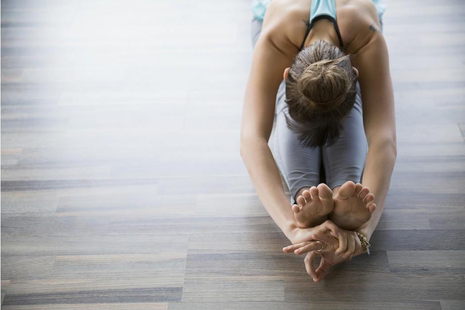 Йога для начинающих - Как заниматься в домашних условиях - ВИДЕО