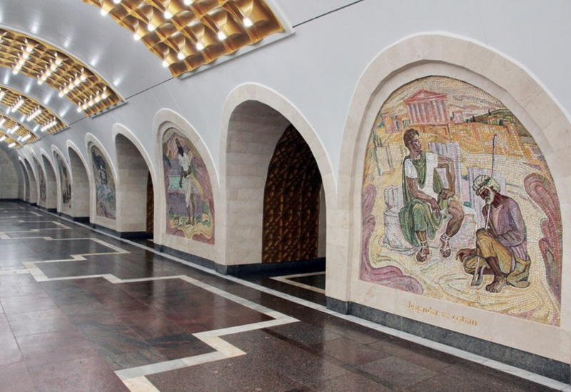 """""""Низами"""". Вот как выглядит самая красивая станция метро после ремонта"""