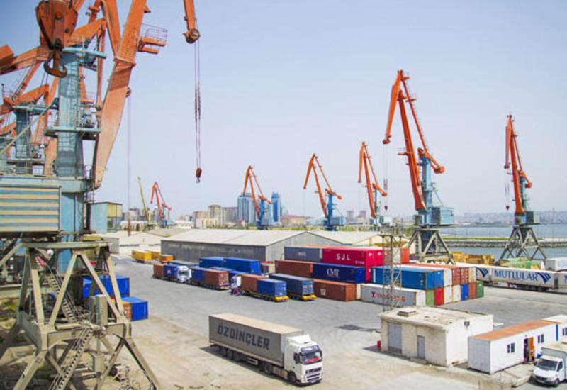 Бакинский международный морской торговый порт сможет принять больше грузов